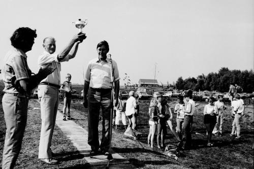 IMG 0055 winst teewkamp HS juli 1984